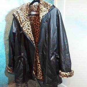 Wilsons Leather size 2X faux cheetah lined coat